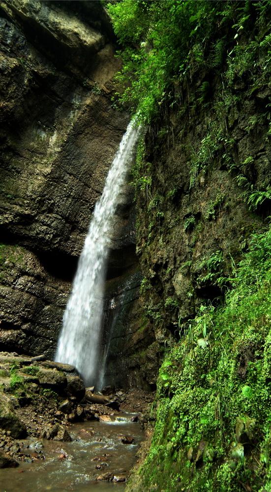 malyi-chegemskiy-vodopad