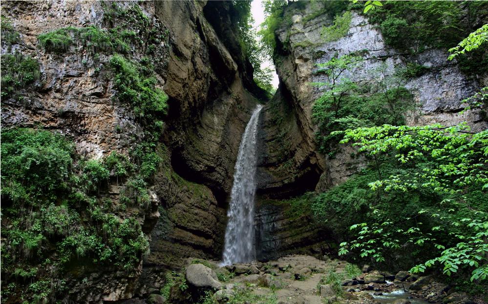 malyi-chegemskiy-vodopad3